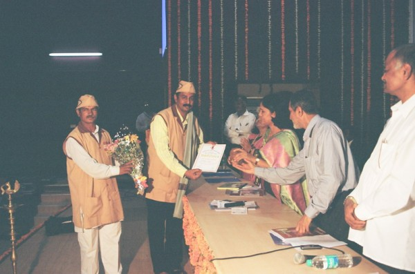 Getting Award for exclusive work  done in eye donation by the Hon. Dr.Vimaltai Mundada ,Minister of Health,Govt of Maharashtra at Aarogya Bhawan,Mumbai