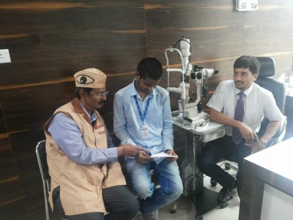 Akshay reading after vision came