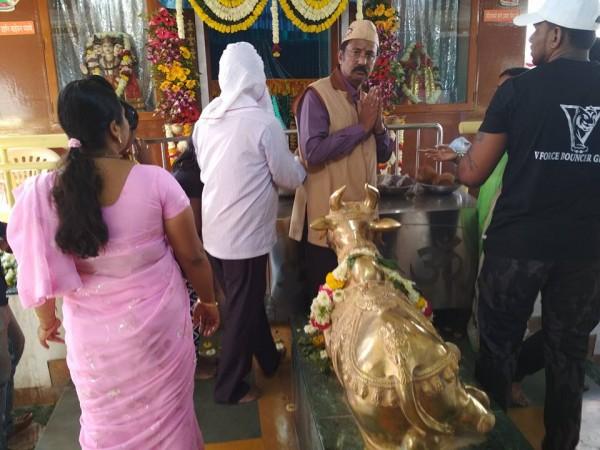 taking blessings of God Shiva